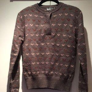 Vintage sweater size medium